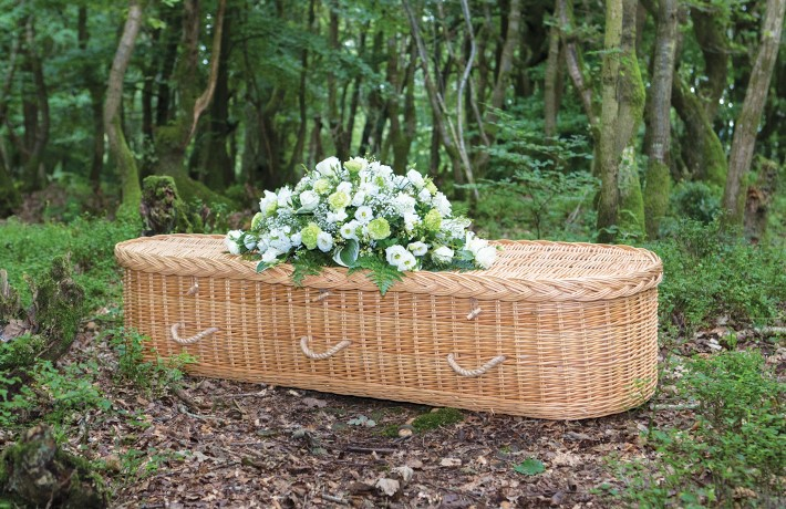 Naturally degrading coffins for natural burials Natural Woven Coffins https://www.naturalwovencoffins.co.uk/